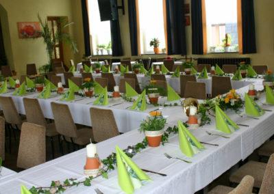 tafel-rustikal-1024x682